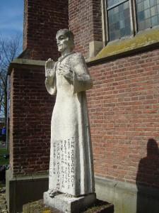 Kranenburg - Heilig Hartbeeld (4)